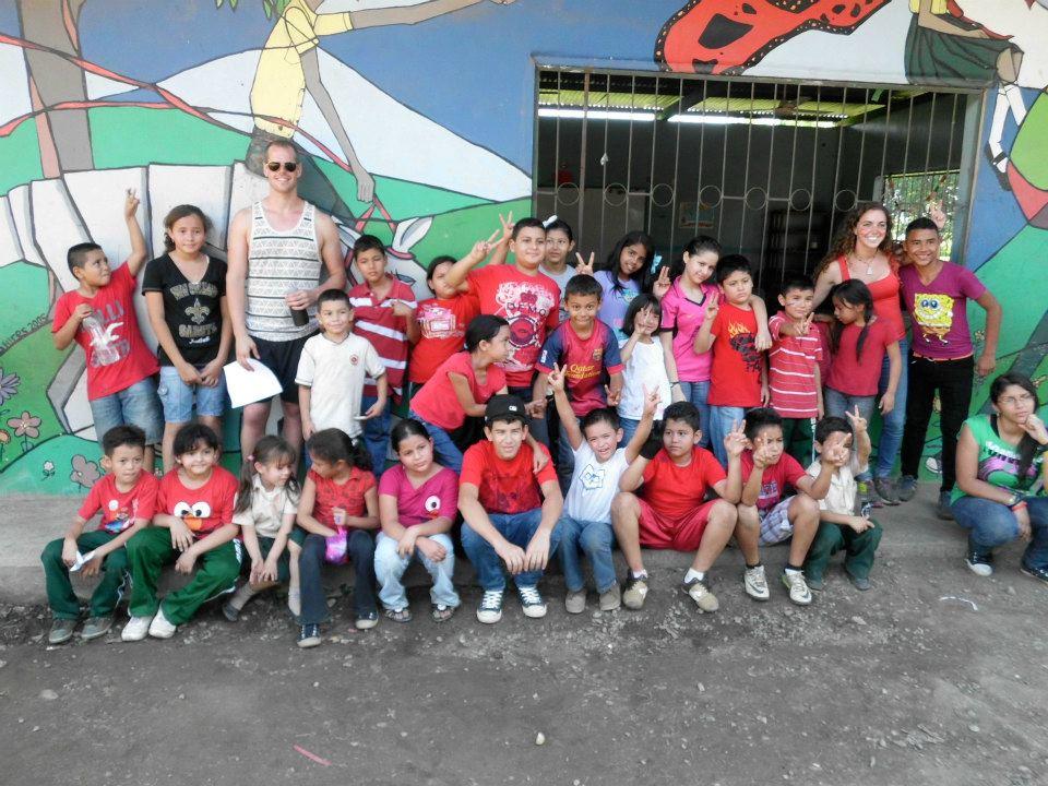 Volunteer Teachers Required at Cofradia's Bilingual School